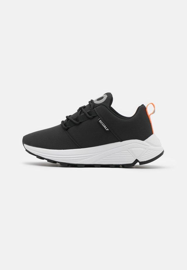PATRI - Sneakersy niskie - black