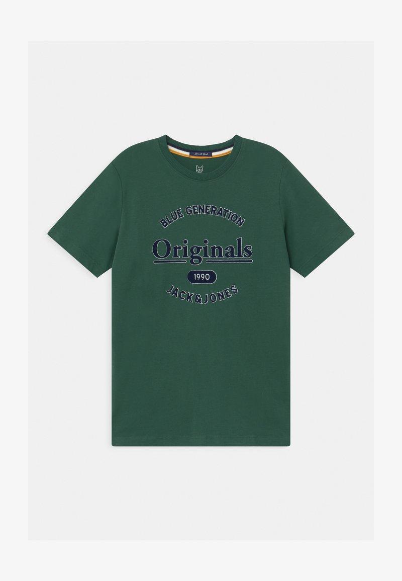 Jack & Jones Junior - JORLARS CREW NECK - Print T-shirt - trekking green