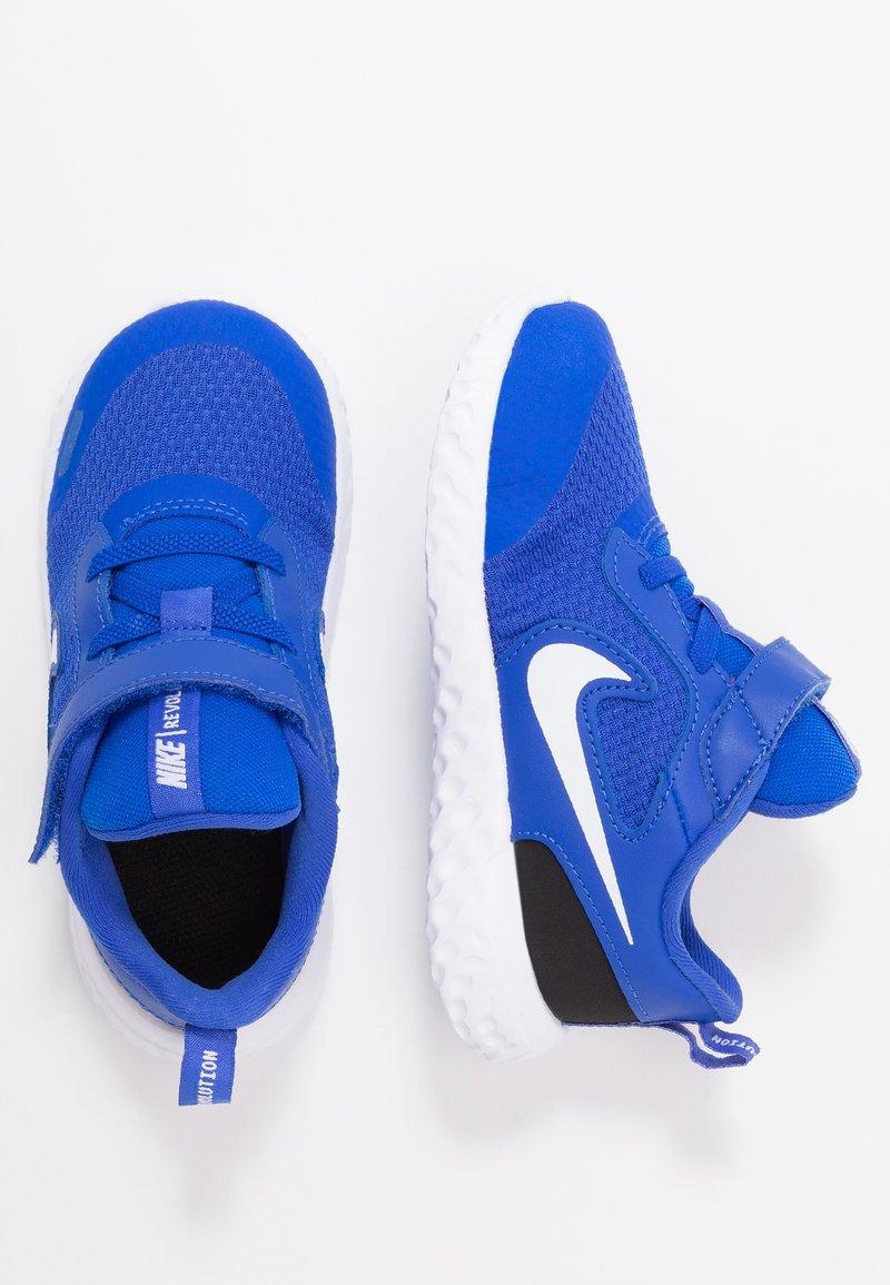 Nike Performance - REVOLUTION 5 UNISEX - Obuwie do biegania treningowe - racer blue/white/black