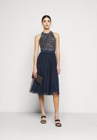 Lace & Beads Tall - SANIA TALL - Koktejlové šaty/ šaty na párty - navy - 1