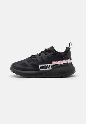 ZX 2K EL I UNISEX - Sneakers basse - core black/footwear white