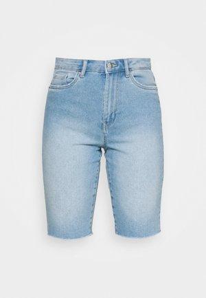 VMLOA FAITH MIX - Short en jean - light blue denim