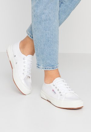 2750 - Sneakers basse - white