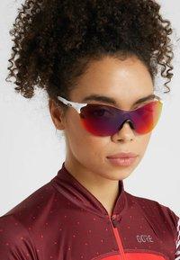 Oakley - EVZERO ASCEND - Sports glasses - white - 4