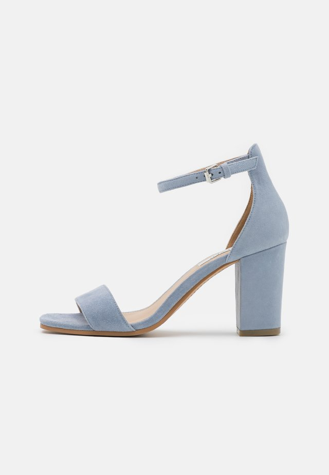 JUDY - Sandalen - light blue