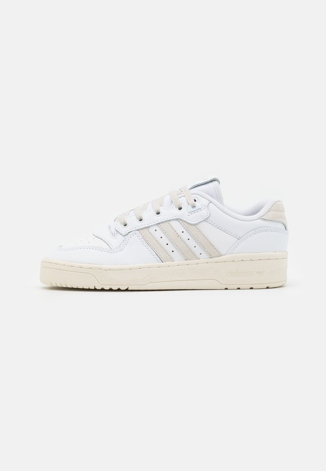 RIVALRY UNISEX - Trainers - footwear white/alumina/offwhite
