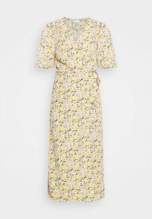 VIHALINA WRAP DRESS - Denní šaty - sunshine