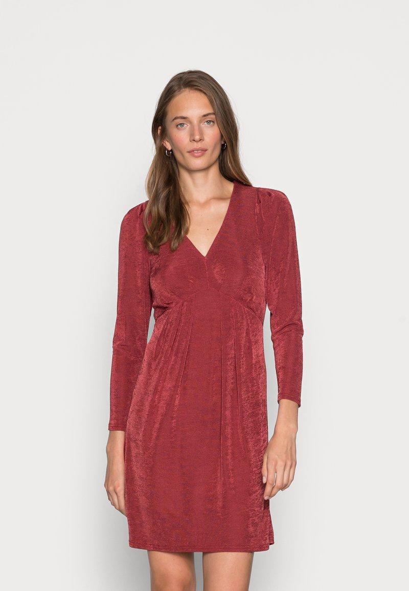 Closet - V NECK DRESS - Jersey dress - burgandy