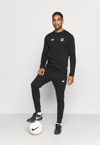 New Balance - AS ROMA - Club wear - black - 1