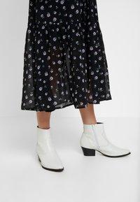 mint&berry - Shirt dress - black - 6
