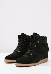 Pavement - VIBE - Ankle boots - black - 4