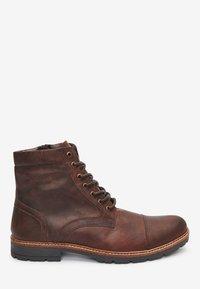 Next - BROWN LEATHER ZIP BOOTS - Šněrovací kotníkové boty - brown - 3