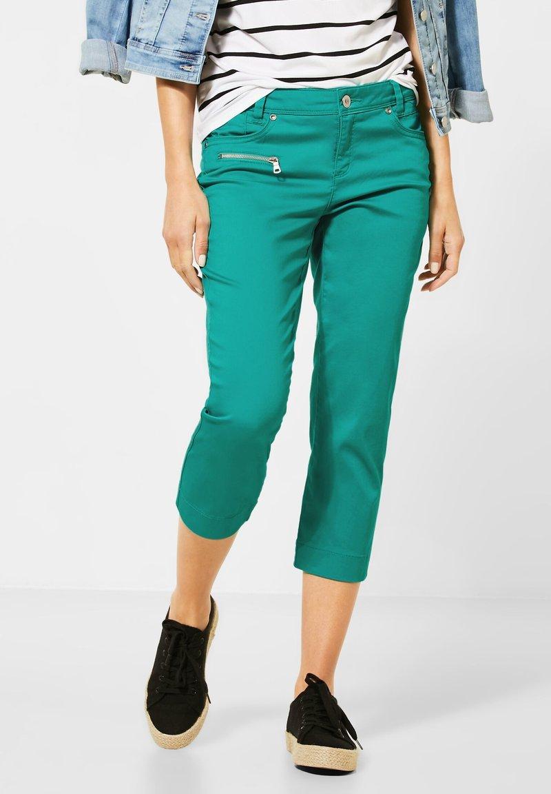 Street One - Shorts - grün