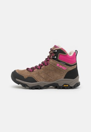 ENDEAVOUR WP WOMENS - Hiking shoes - brown/black/fuschia
