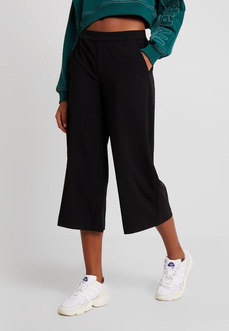 Women OBJCECILIE CULOTTE PANTS NOOS - Trousers