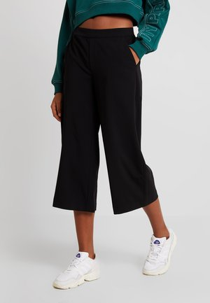 OBJCECILIE CULOTTE PANTS NOOS - Trousers - black