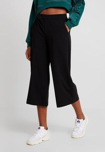 OBJCECILIE CULOTTE PANTS NOOS - Pantalon classique - black