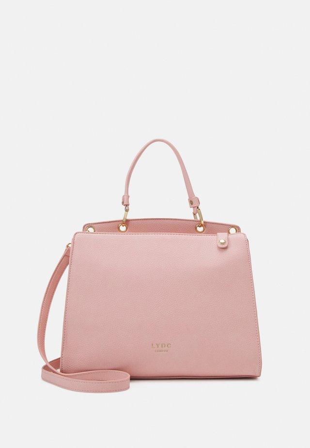 HANDBAG - Käsilaukku - pink