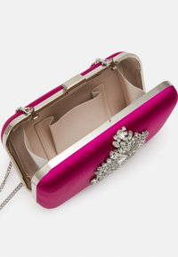 Forever New - MILA EMBELISHED - Clutch - hot pink - 2