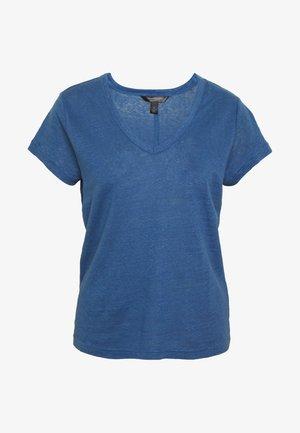 VEE TEE SOLIDS - Basic T-shirt - indigo fog global