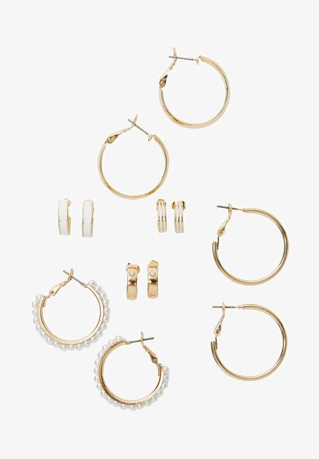 SET MIT 6 FARBIGEN CREOLEN - Earrings - white