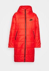CORE - Zimní kabát - chile red/white