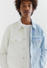 PULL&BEAR - Denim jacket - white - 4