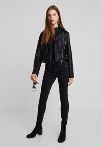 New Look - DONNA CROPPED JACKET - Faux leather jacket - black - 1