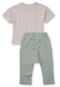 Cigit - ARRAY PATCHED POCKET - Trousers - beige - 1