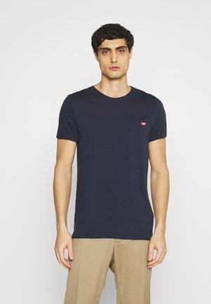 WASHED CREW NECK - T-Shirt basic - dark sapphire