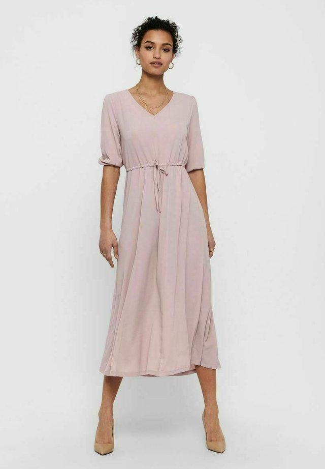 Długa sukienka - violet ice