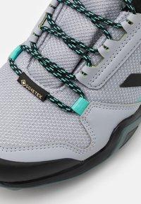 adidas Performance - TERREX AX3 GORE-TEX - Fjellsko - silver/core black/acid mint - 5