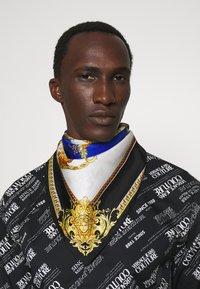 Versace - FOULARD UNISEX - Foulard - royal blue/oro - 0