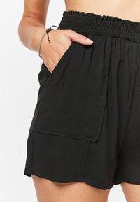 Next - Shorts - black - 3
