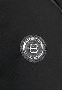 8848 Altitude - CRISTAL JACKET - Chaqueta de esquí - black - 9