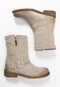 Felmini - GREDO - Cowboy/biker ankle boot - pardo - 3