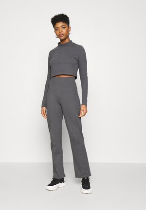 SEAM DETAIL JOGGER SET - Sweatshirt - off-black