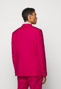 Paul Smith - GENTS TAILORED FIT SUIT SET - Oblek - red - 3