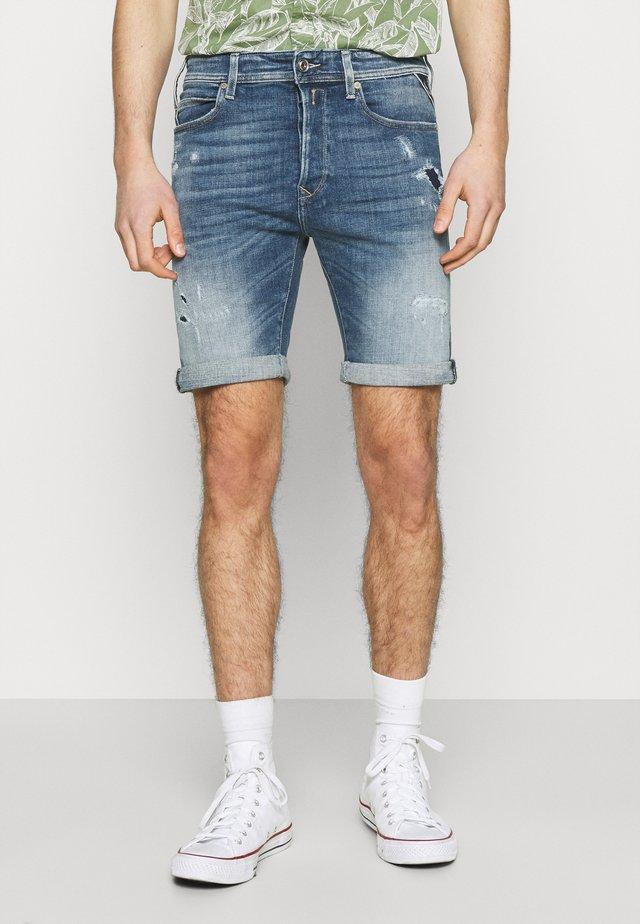 AGED ECO - Denim shorts - medium blue