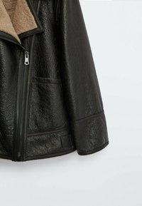 Massimo Dutti - BIKER LAMMFELL - Leather jacket - black - 6