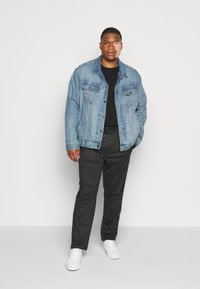 INDICODE JEANS - EBERLEIN WITH ROLL UP CHECK - Trousers - cayman grey - 1