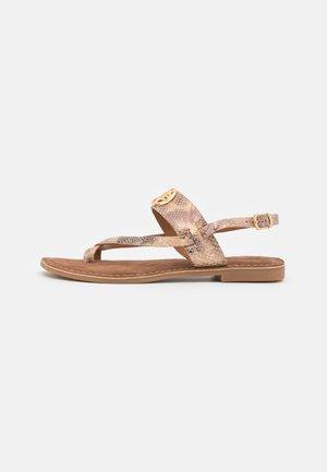 GERONA - Sandály s odděleným palcem - pink/black