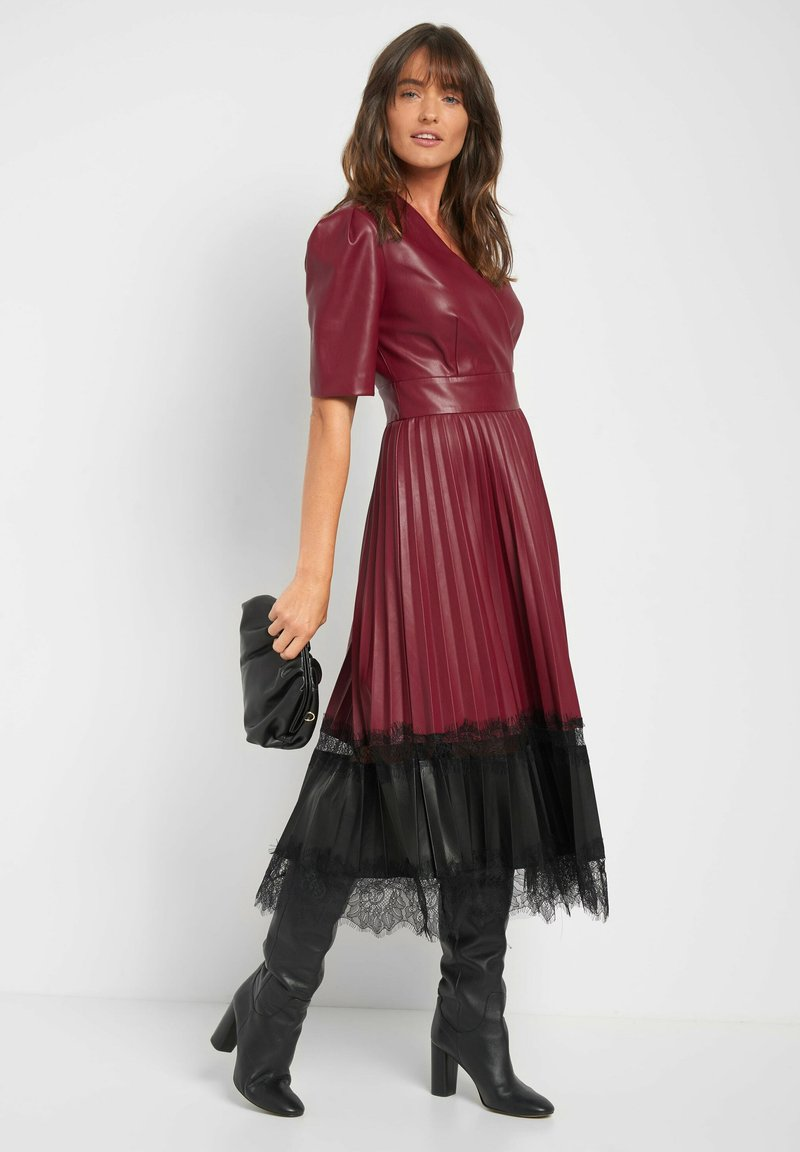 Cocktailkleid/festliches Kleid - bordeaux rot