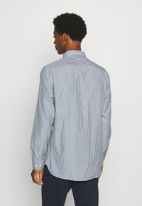 Tommy Hilfiger - PEACHED SOFT  - Shirt - blue - 2