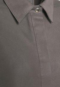 DEPECHE - LONG SHIRT DRESS - Blousejurk - concrete - 2