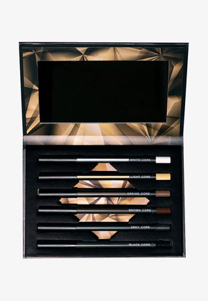 CORE CRAYONS KIT - Eyeshadow palette - -