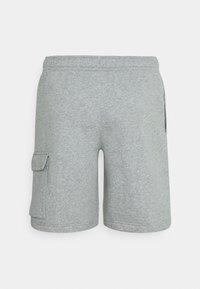 Nike Sportswear - CLUB CARGO - Teplákové kalhoty - dark grey heather - 6