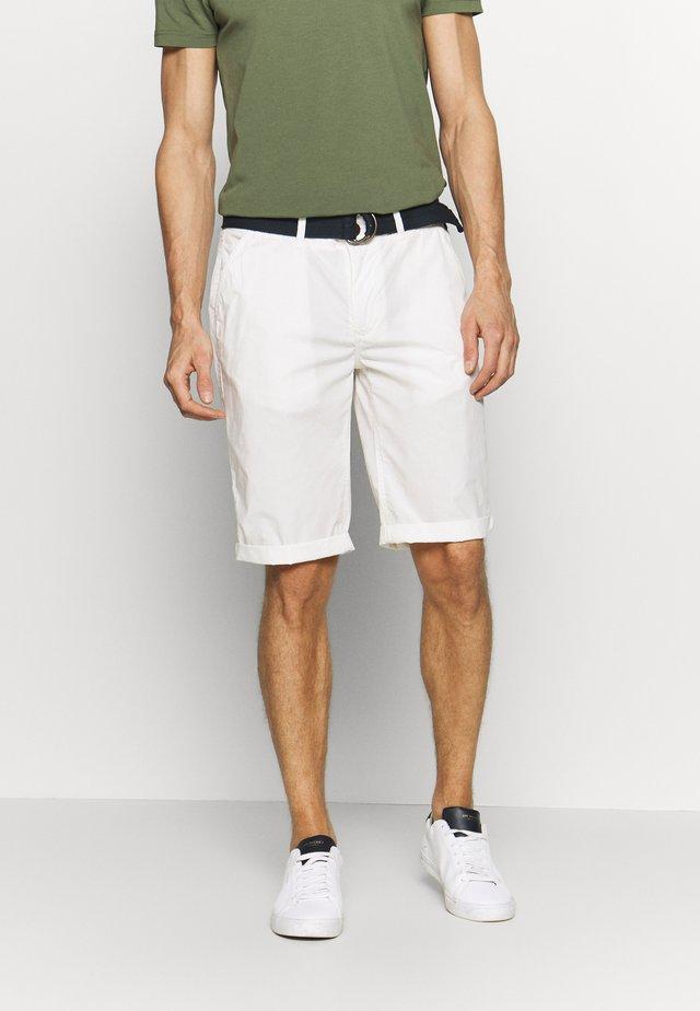 Shorts - chalk white