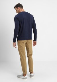 GANT - SHIELD - Long sleeved top - evening blue - 2