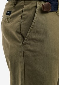 s.Oliver - SLIM FITBERMUDA - Shorts - khaki - 3